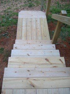 Notice the details in the stair treads and landing boards- opposing directions make for easy recognition.